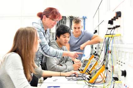 Elektrotechnik-Studium mit Bachelor of Engineering (B. Eng.)