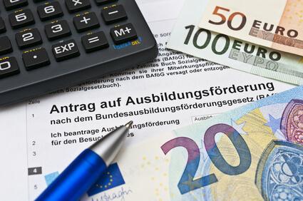 KfW Kredit Studium Vergleich BAföG